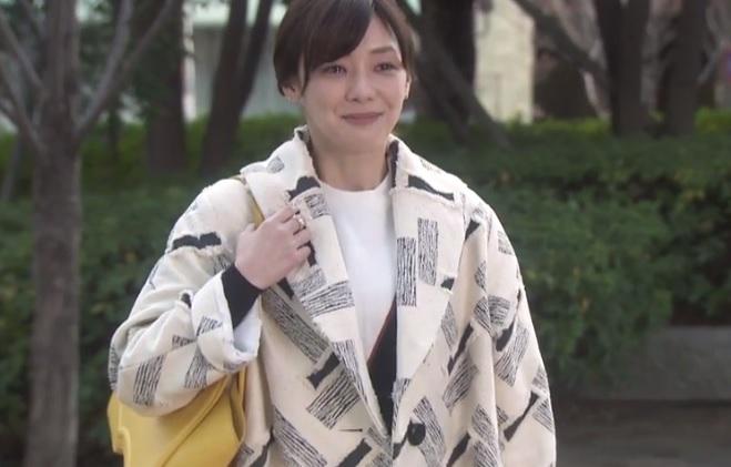奪い愛,冬,1話,倉科カナ,バッグ