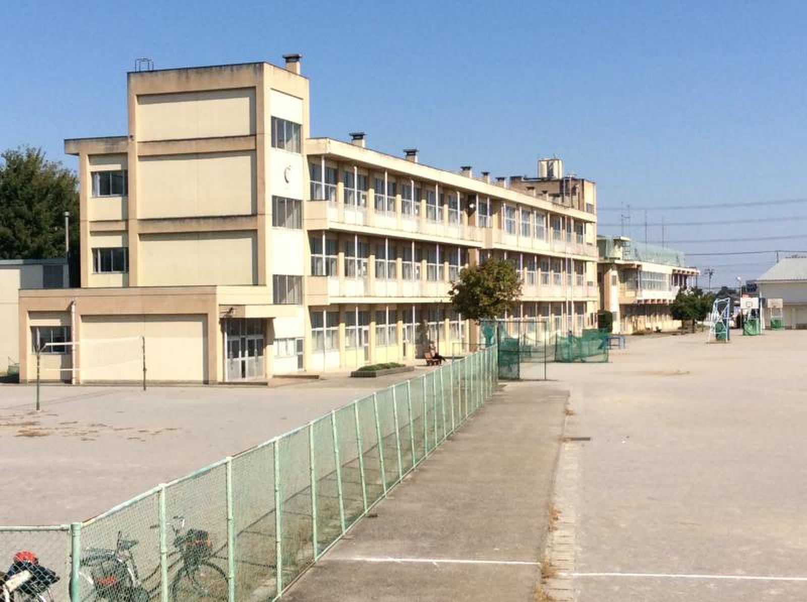 旧狭山市立東中学校
