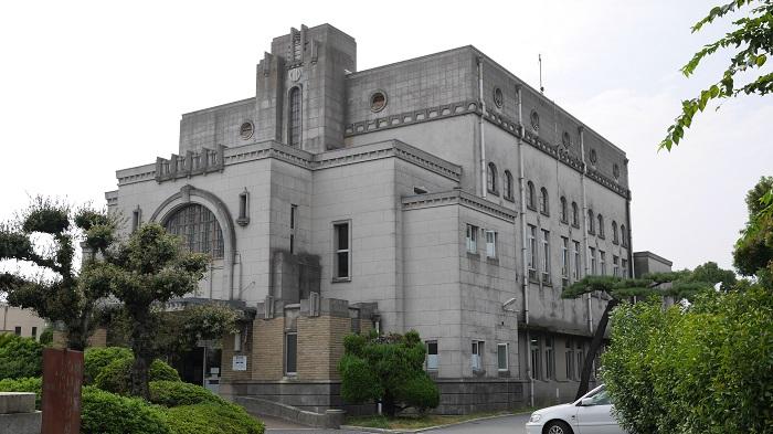 加古川図書館