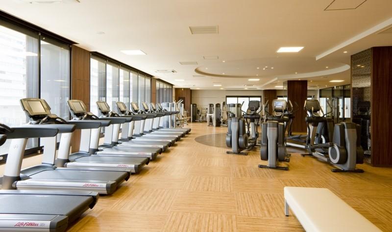 桃乃園学院のスポーツクラブはNAS wellness & spa club芝浦アイランド
