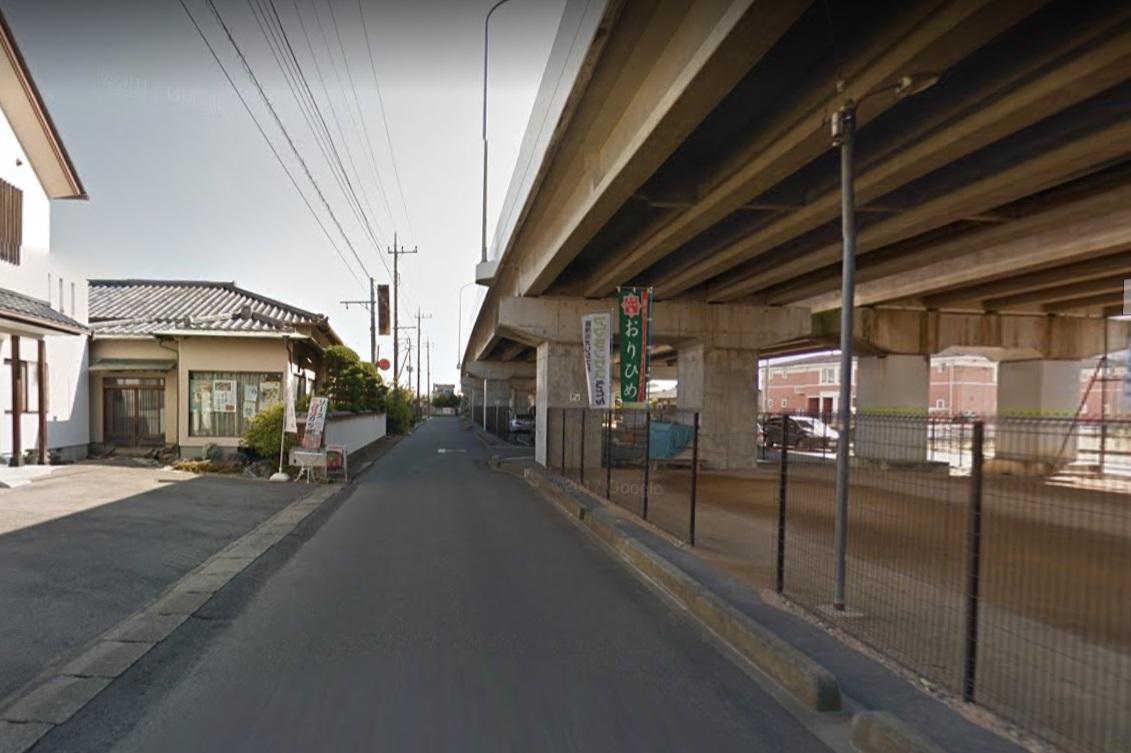足利バイパス下の道路