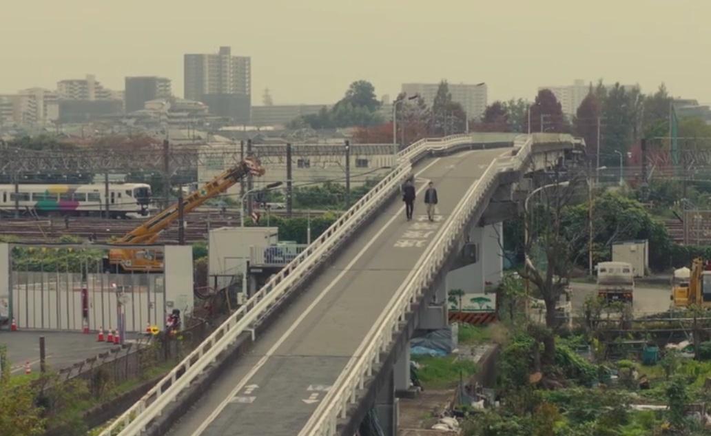 東大宮車両センターを渡る陸橋