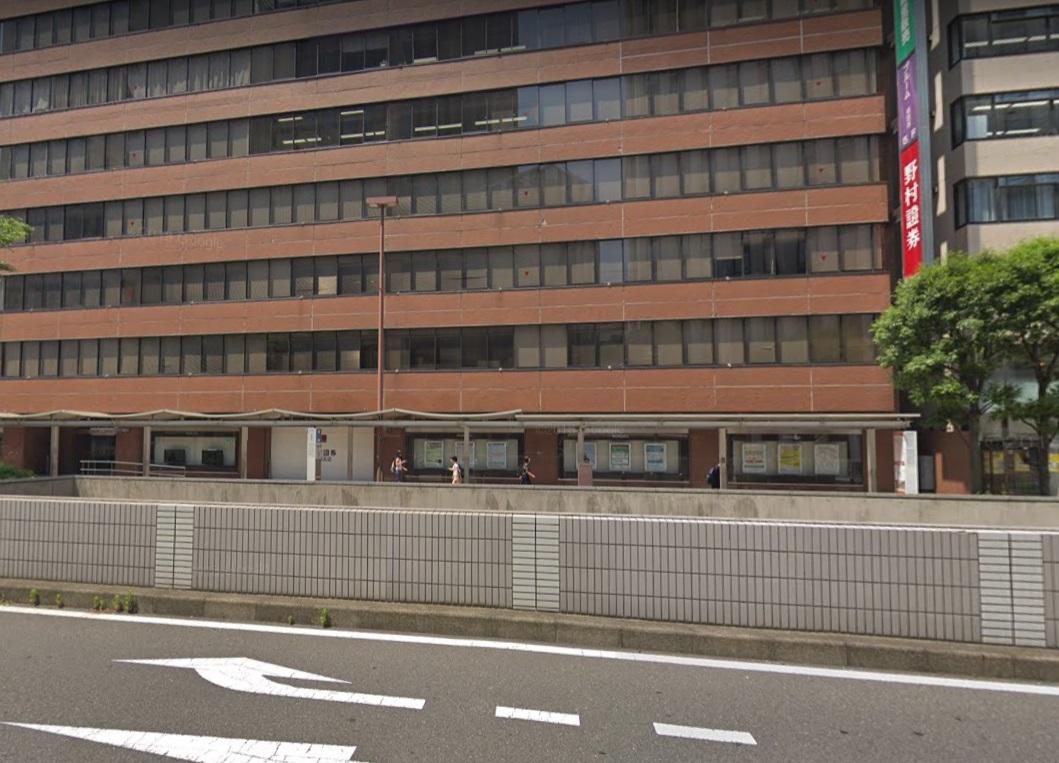 野村證券横浜支店前バス停