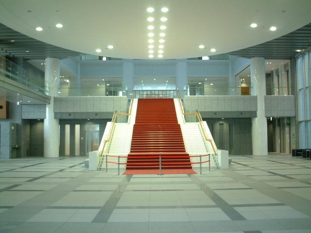 栃木県議会議事堂