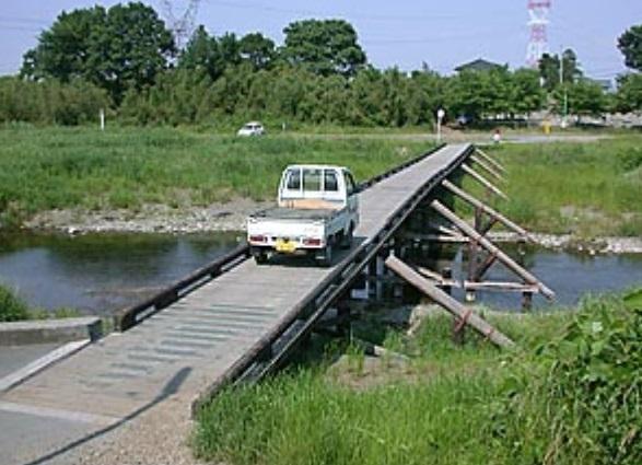 多和目天神橋