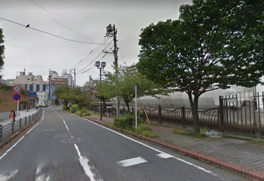 大岡川沿い