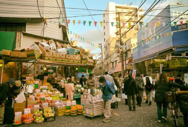 天王町の商店街
