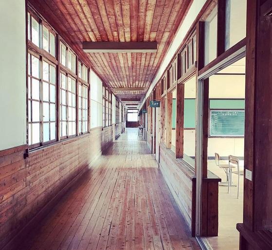 旧粟野中学校