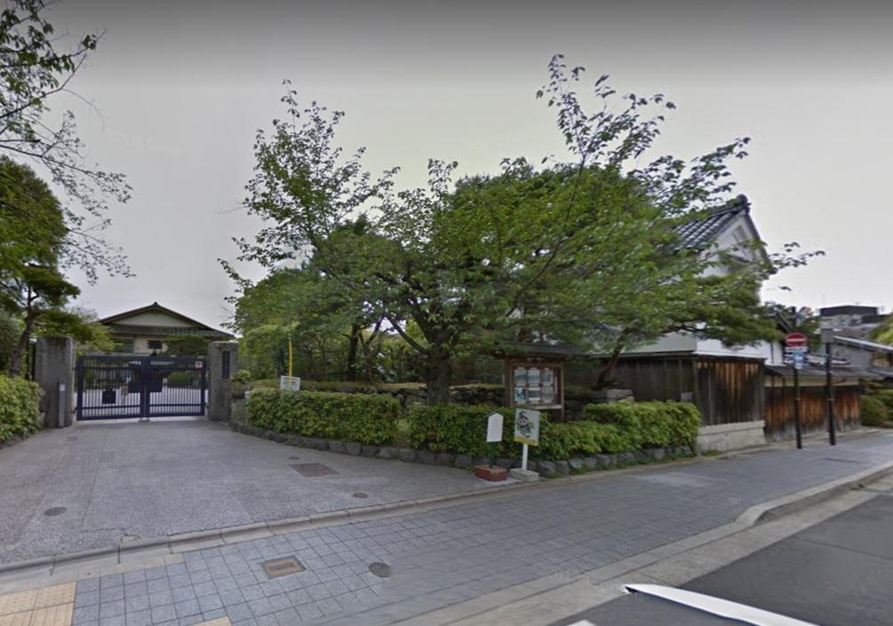 嵯峨小学校