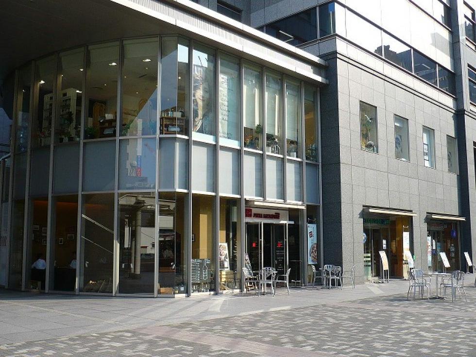 新宿文化クイントビル