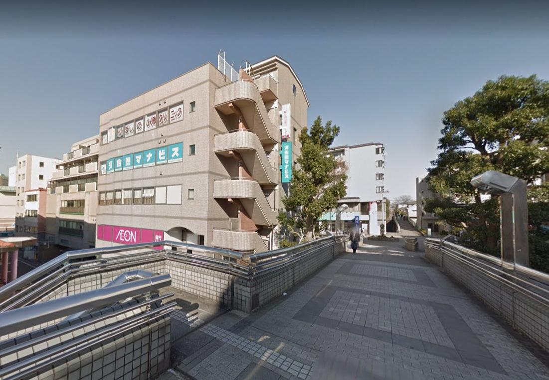 中川駅の歩道橋