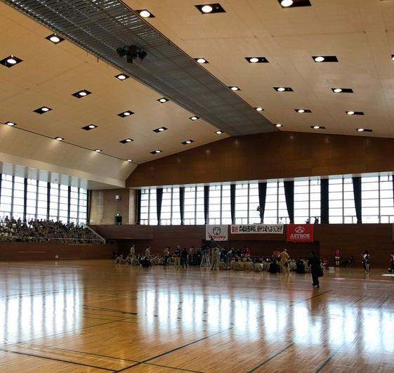 鴻巣市立総合体育館