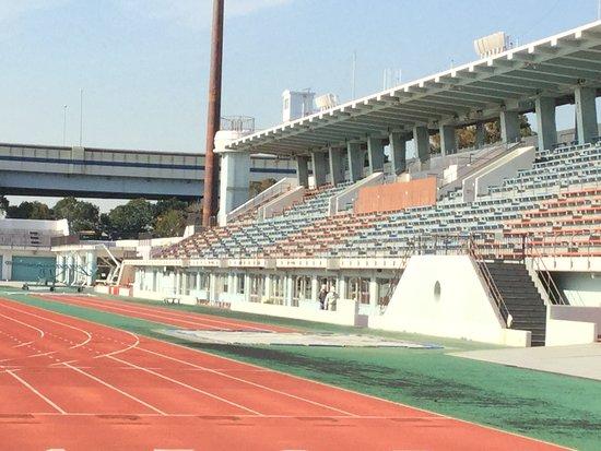 江戸川区陸上競技場